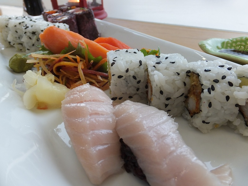 Toro & Salmon and Dynamite Maki