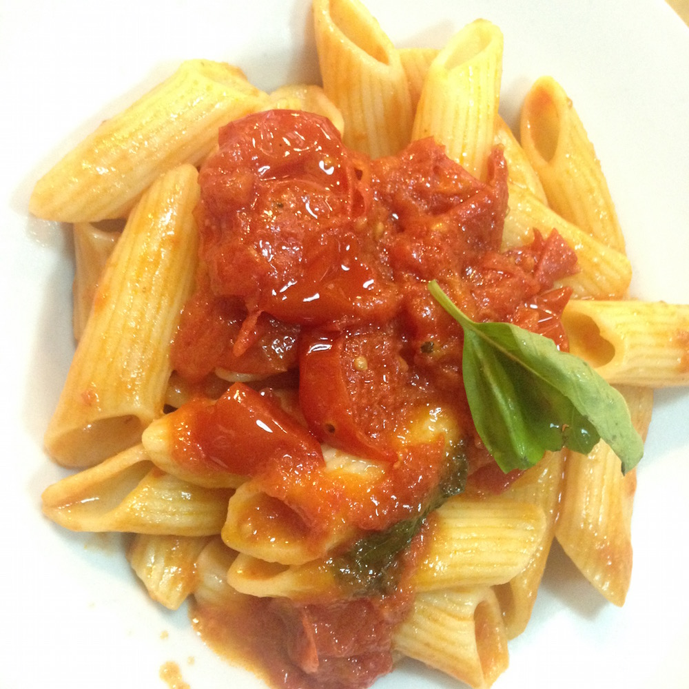 A simple pasta made with fresh piennelo tomatoes