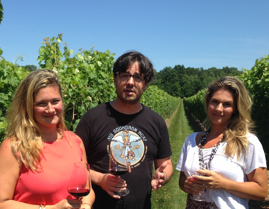 Zoltan with Melissa and Angela Marotta at Two sisters Vineyards