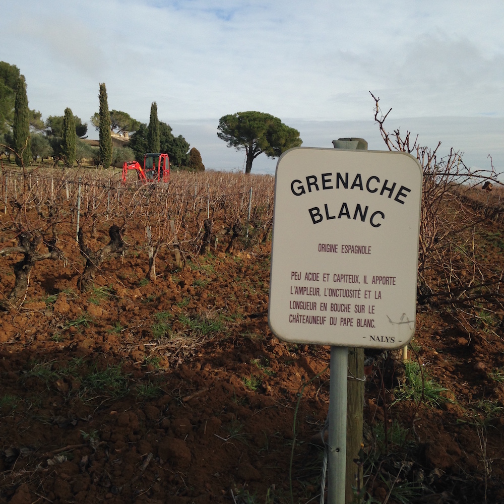 Grenache Blanc sign at Nalys