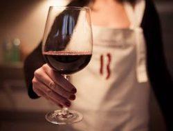 a-glass-of-tenuta-bellafonte-montefalco
