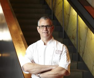 Executive Chef of the Toronto Hilton, Kevin Prendergast, pictured her in the hotel's lobby.