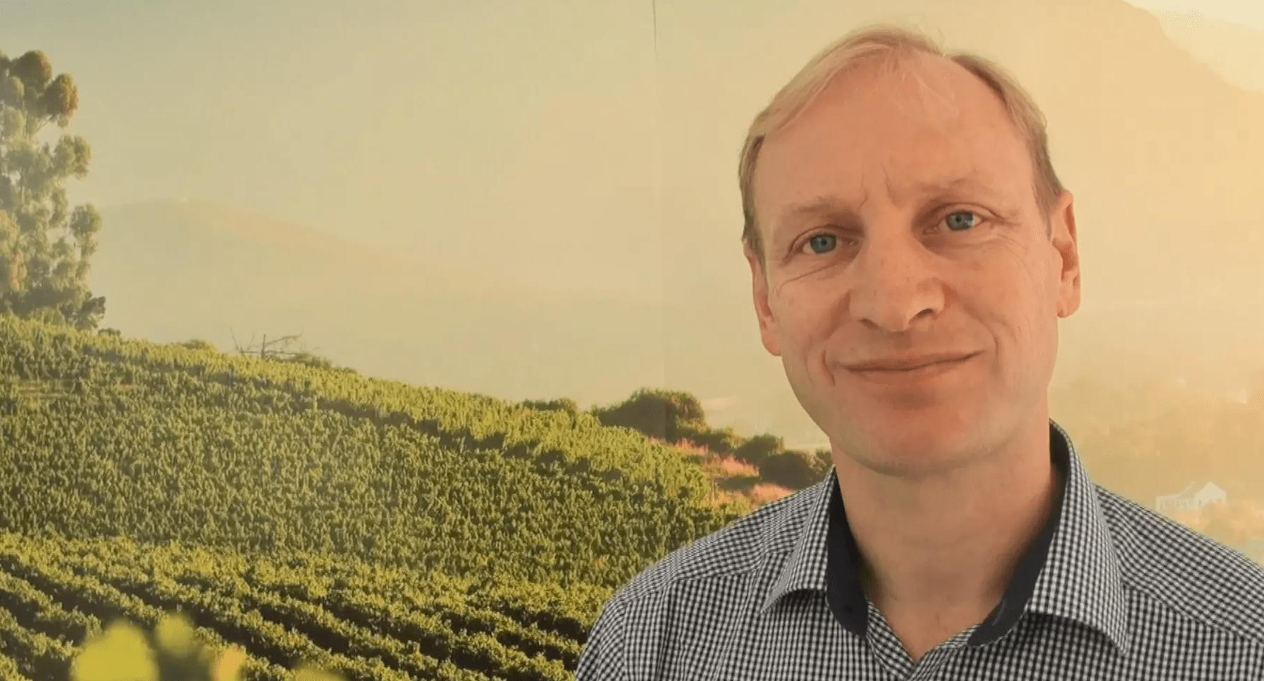 A true pioneer in his region, Winemaker Paul Cluver.