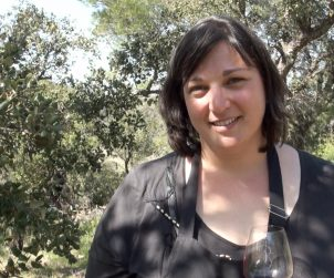 Elise Gaillard encourages you to look at buying up some of the old , abandoned vineyards in the SW of France.