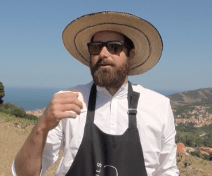 Winemaker Florian Kesteloot tells us about the vineyards of Banyuls and Collioure from the mountainside vineyards overlooking Banyuls sur Mer.